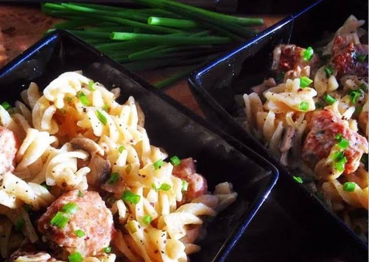 Recipe of Perfect Creamy Pasta with Pork, Mushrooms & Chives