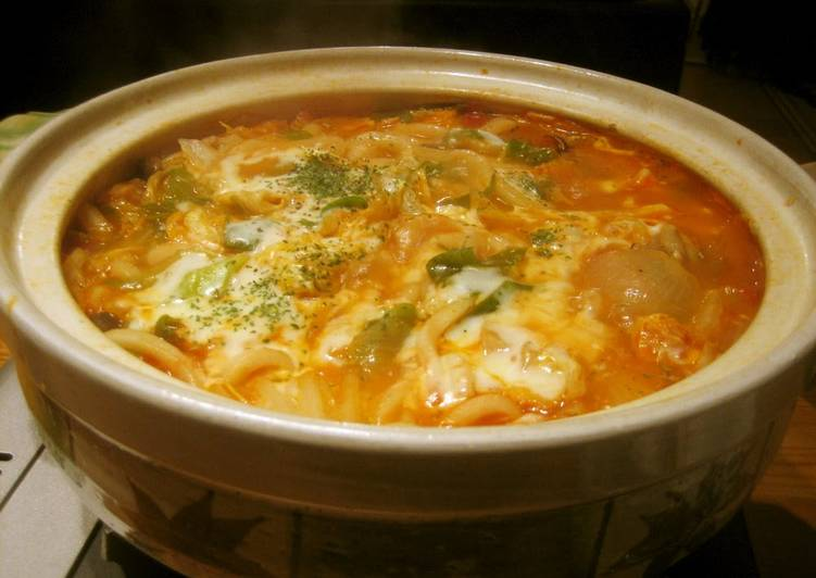 Delicious Simmered Udon Noodle Hot Pot with Melting Cheese and Tomato