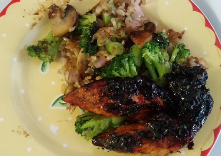Caramelized Chicken W Brown Rice and Veggies