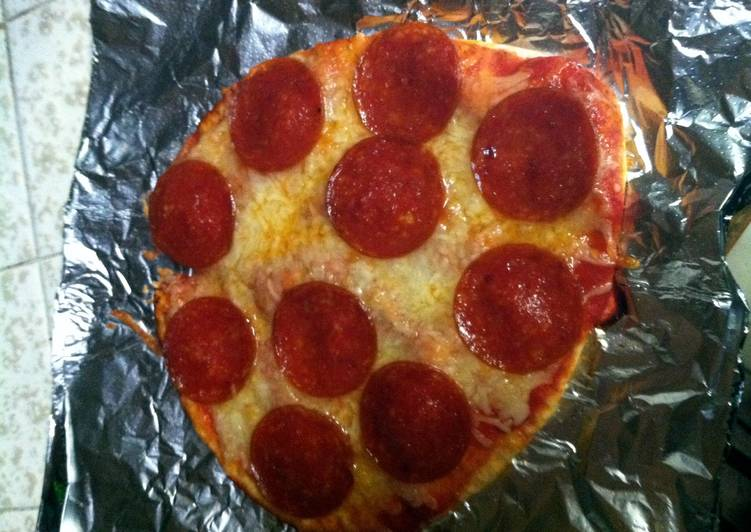 Step-by-Step Guide to Prepare Quick Easy Pepperoni Pizza