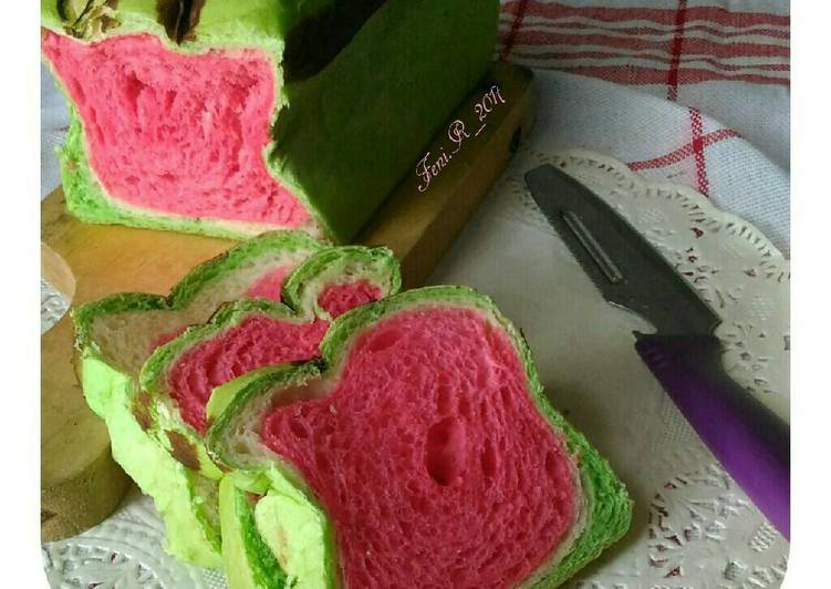 Resep Watermelon bread loaf 🍞 Favorit