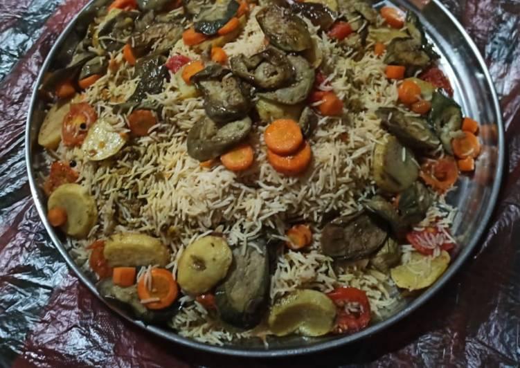 Nasi Maqlubah Ayam (رز مقلوبة بالدجاج)