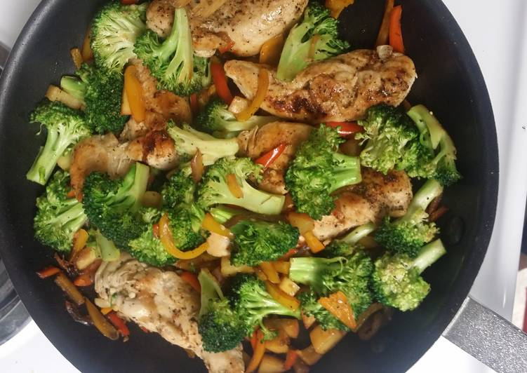 Chicken and vegetables mix