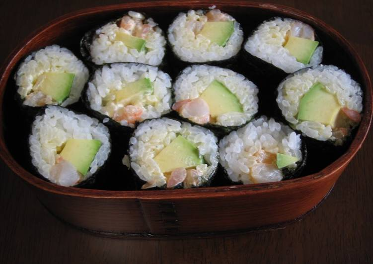Recipe of Perfect Avocado and Shrimp California Roll