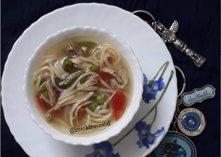 Chicken Clear soup / Noodles soup