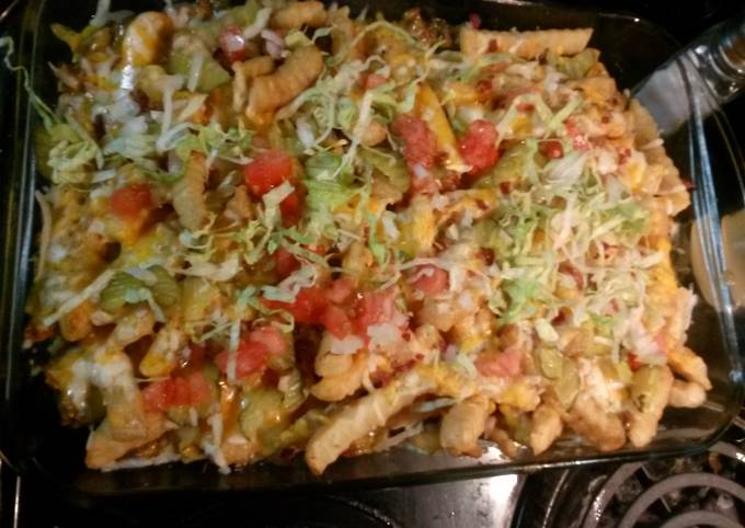 Cheeseburger and French fry casserole