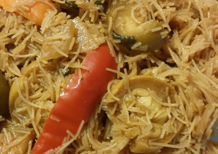 Tami's Brown rice noodles with stir fried vegetables