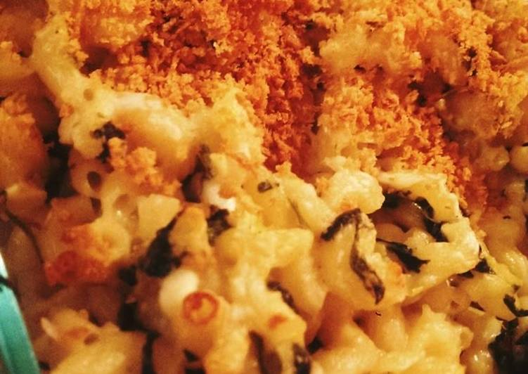 Eat These 14 Superfoods to Go Green for Optimal Health Creamy Greek Mac & cheese