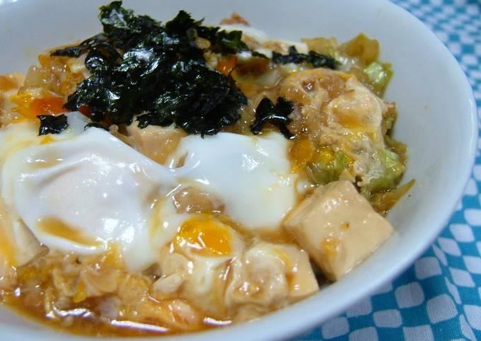 Eggy Tempura Crumbs and Cabbage Stir-fry Rice Bowl