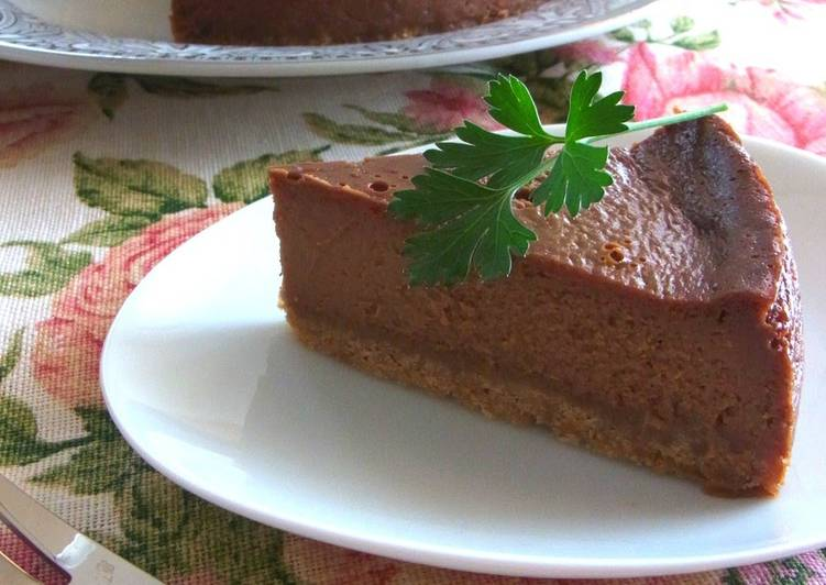 Easiest Way to Prepare Perfect Caramel Chocolate Cheesecake