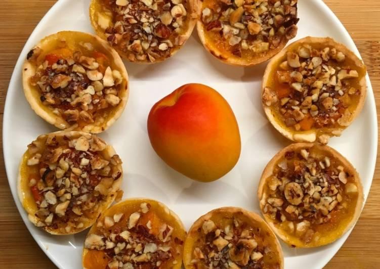 Tartelettes abricot et noisettes