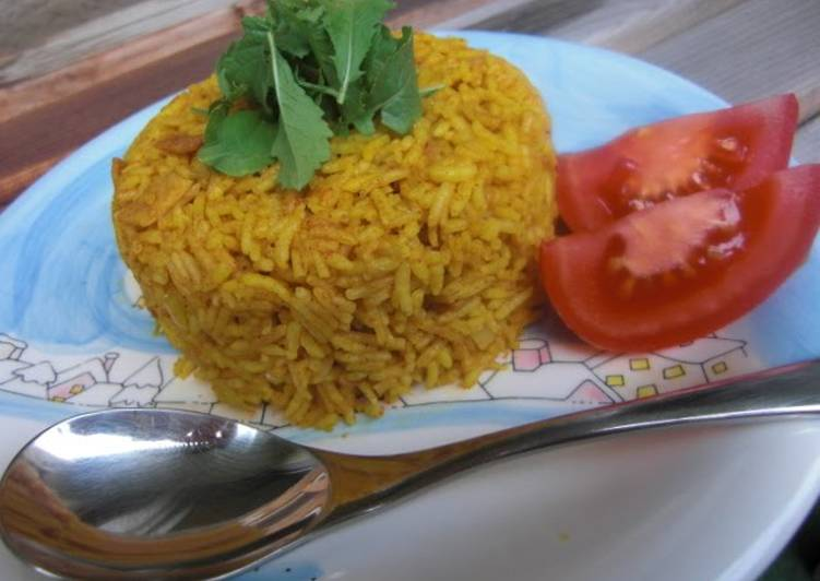 Consuming This 15 Superfoods Is A Superb Way For Your Health, Easy Iranian Tomato Cinammon Pilaf