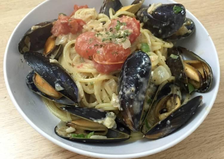 Recipe of Homemade Mussels spaghetti