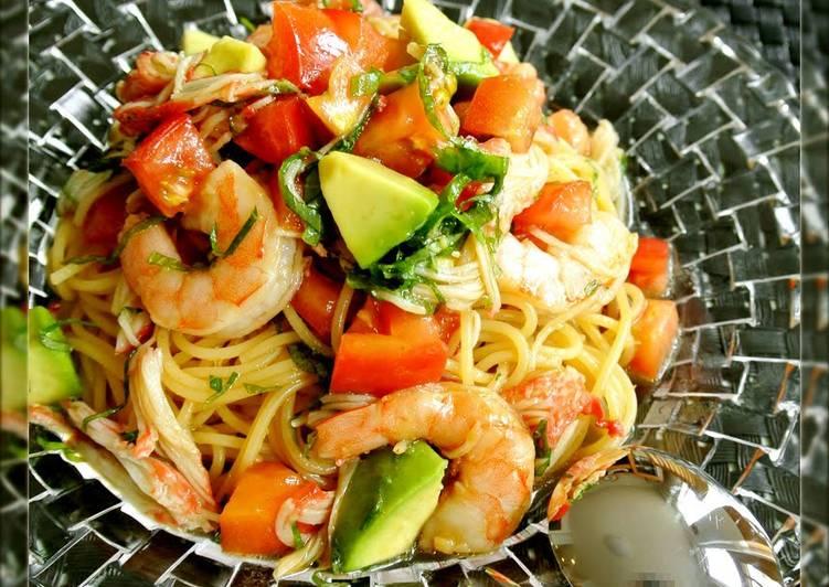 Chilled Tomato, Avocado and Shrimp Pasta With Japanese Seasonings