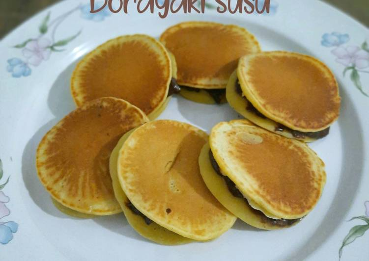 Dorayaki Susu