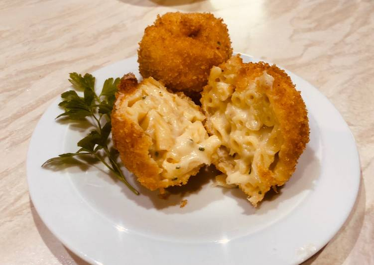 Easiest Way to Make Tasty Deep fried mac and cheese balls