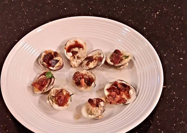 25 Minute Steps to Make Spring Clams Casino