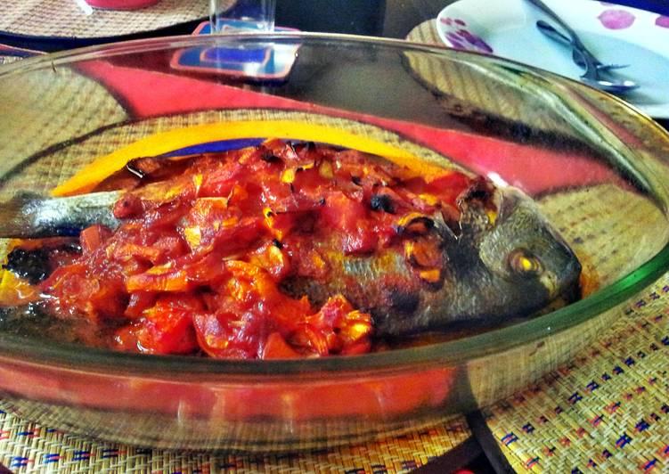 Easy Recipe: Tasty sea bream with tomato sauce