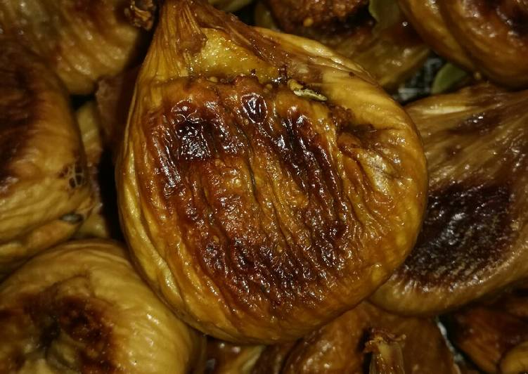 Ricetta Fichi secchi con ripieno di mandorle,la tradizione Gravinese