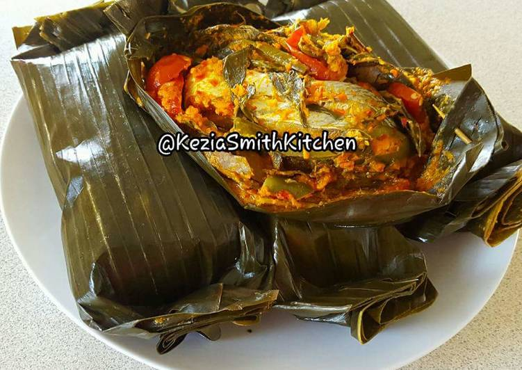Everyday Fresh Steam Fish in Banana Leaves