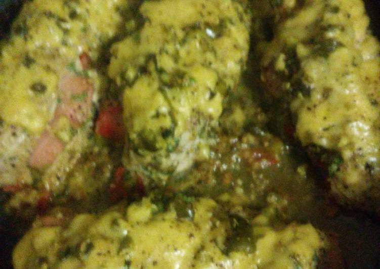 Recipe of Super Quick Homemade Cheesy Spicy Chicken with stuffing