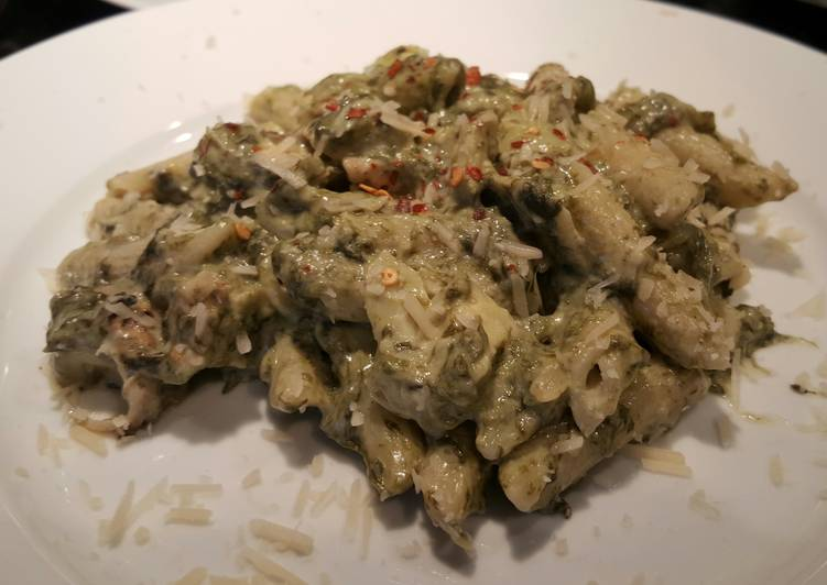 Spinach & Artichoke dip pasta with grilled chicken