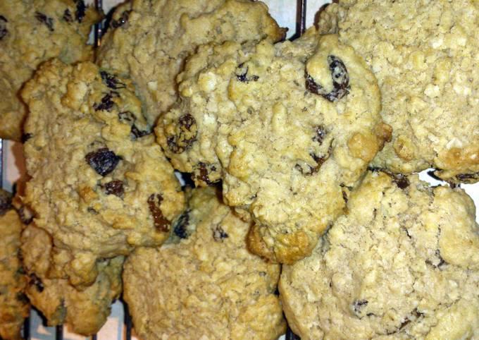 Recipe Tasty Oatmeal Raisin cookies