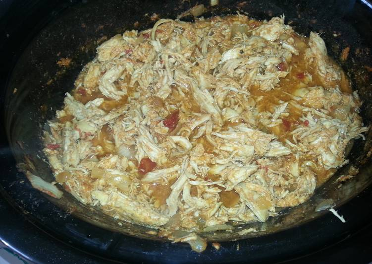 Crock pot chicken tacos