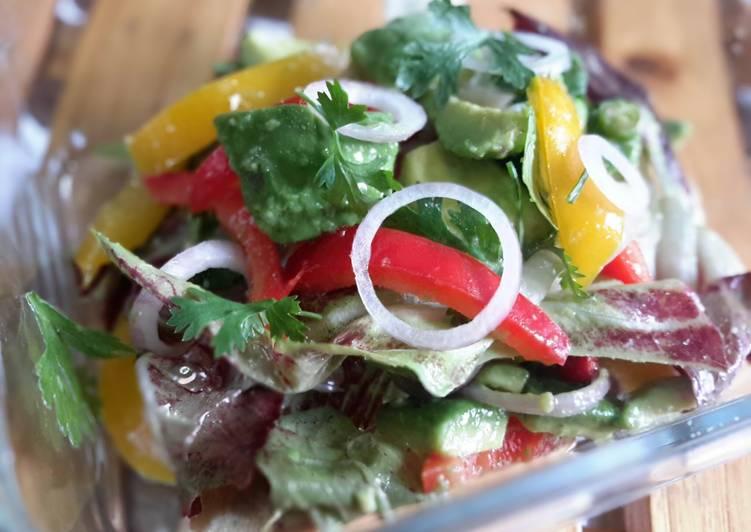Recipe of Perfect Radicchio and avocado with lemon coriander salad