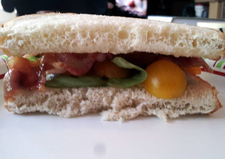25 Minute How to Prepare Special Bacon and Basil Sandwich with Goat Cheese Brie and Golden Tomatoes