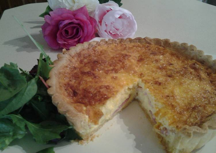 Dining 14 Superfoods Is A Good Way To Go Green For Better Health QUICHE LORRAINE