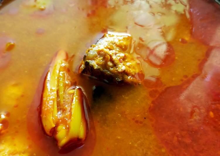Asam pedas Ikan Kakap (makan orang Melayu Kalbar)
