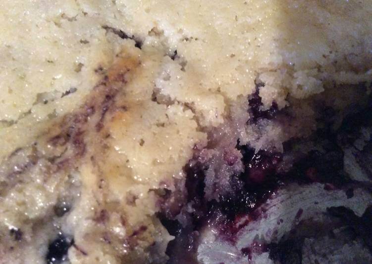 How to Make Any-night-of-the-week Simple Blueberry Cobbler