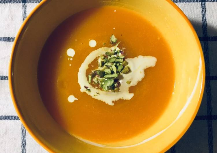 Simple Way to Make Speedy Pumpkin soup top with double cream and pistachio⛺️