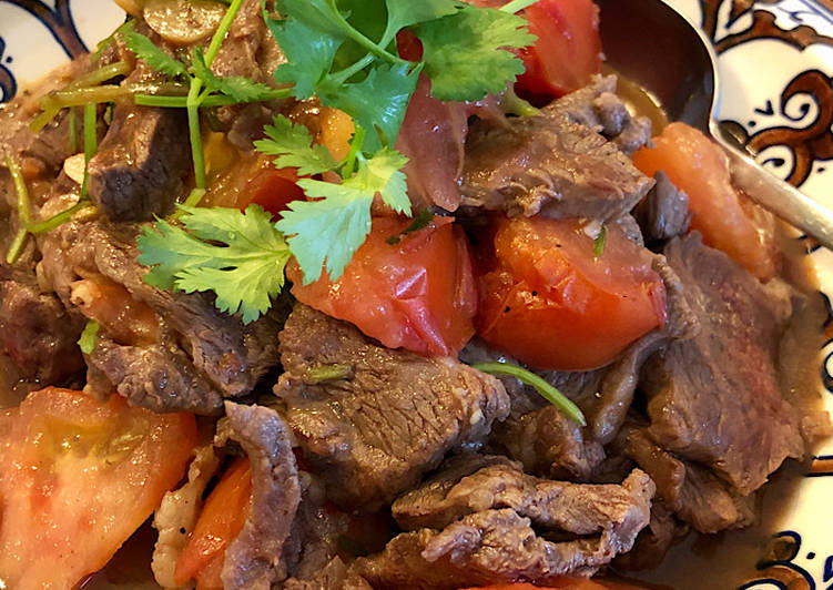 How to Prepare Yummy Beef & Tomato stir-fry