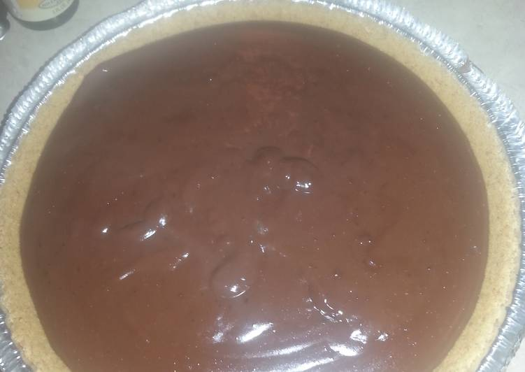 Chocolate Amaretto Pudding Pie