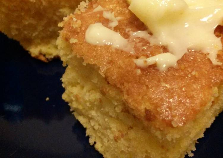 Wow its actually moist! Cornbread from a Box