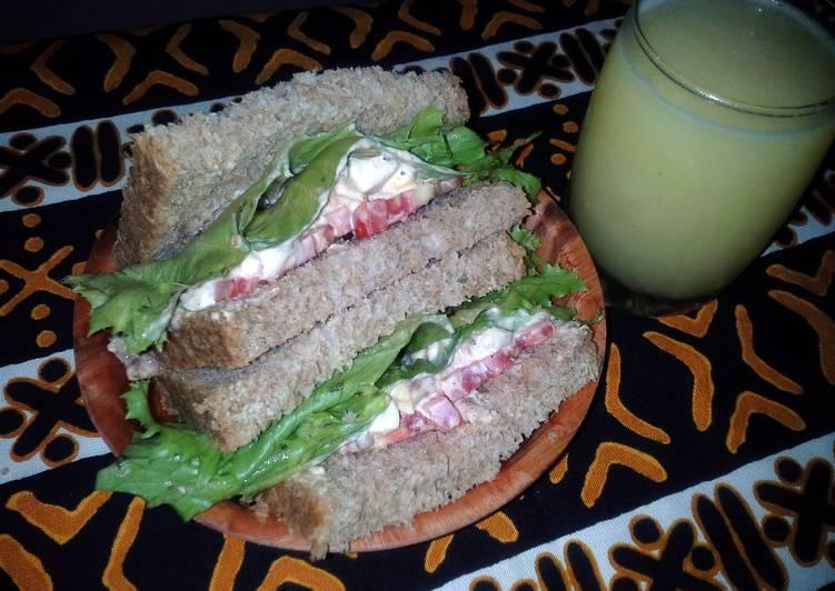 Egg, corned beef and mayo sandwich