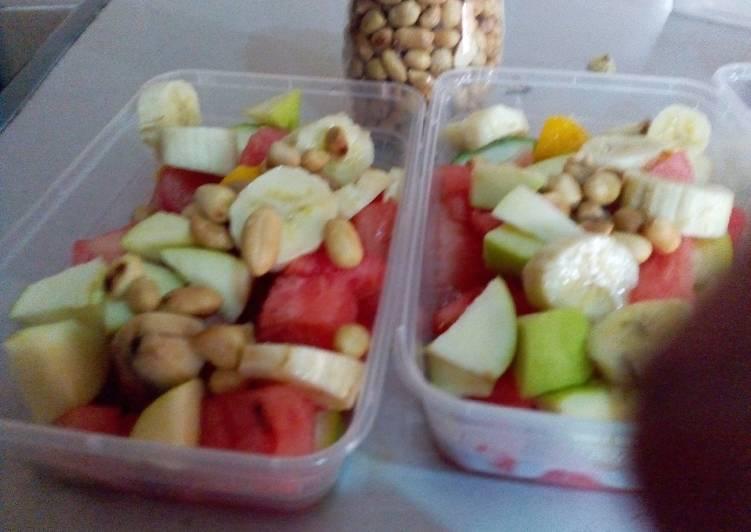 5 Minute How to Prepare Award Winning Fruit salad in condensed milk