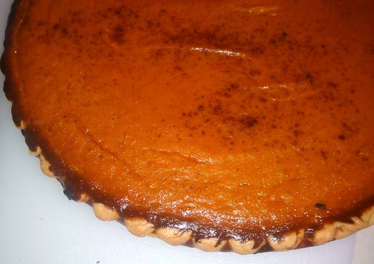 Easy pumpkin pie .