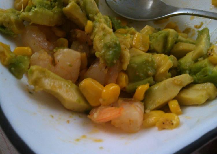 Avocado, shrimp, corn salad