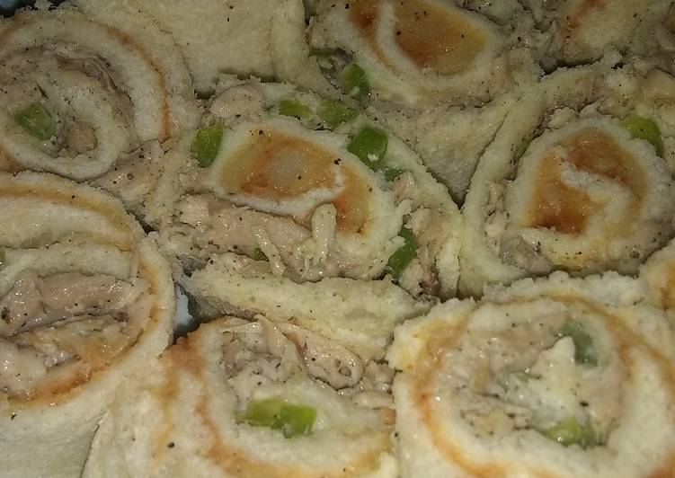 Dining 14 Superfoods Is A Great Way To Go Green For Better Health Bread Chicken Swiss roll