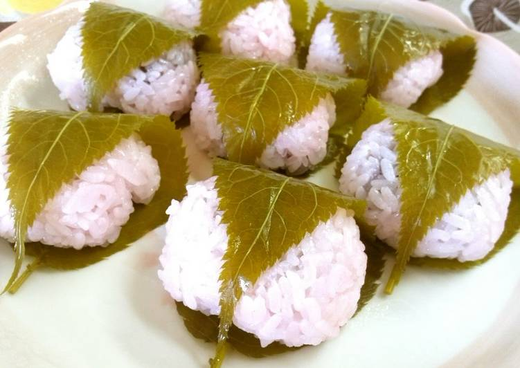 Simple Way to Make Homemade Sakura Mochi