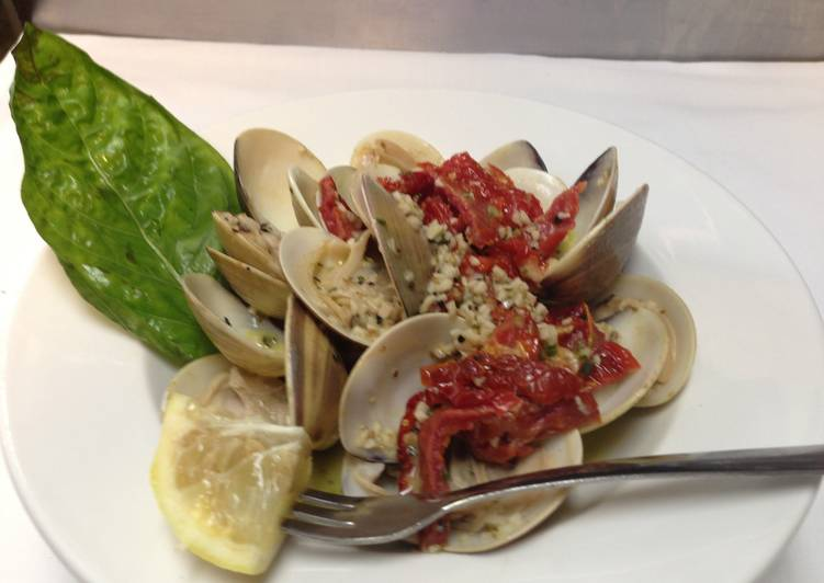 clams with sundried tomatoes