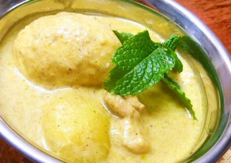 Recipe of Quick Boiled Egg and Potato Yellow Curry