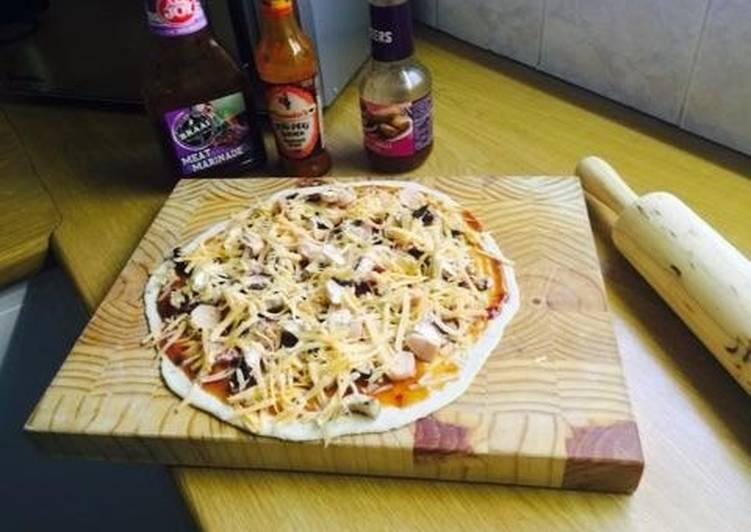 Recipe of Perfect Mama's delight - Pizza