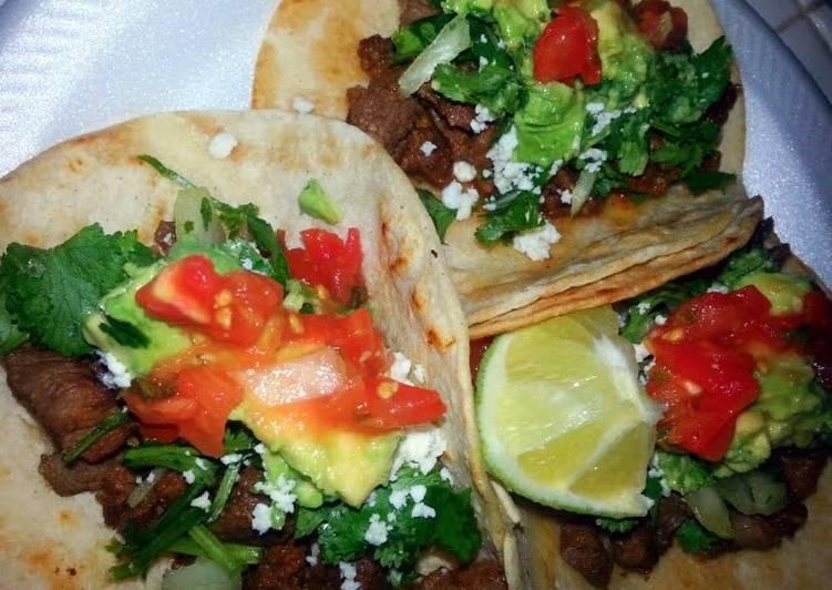 Ray's Chorizo & Diesmillo Tacos