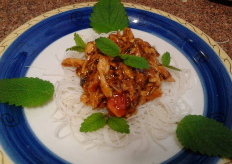 Ladybirds Chicken Stir Fry with Vermicelli Noodles