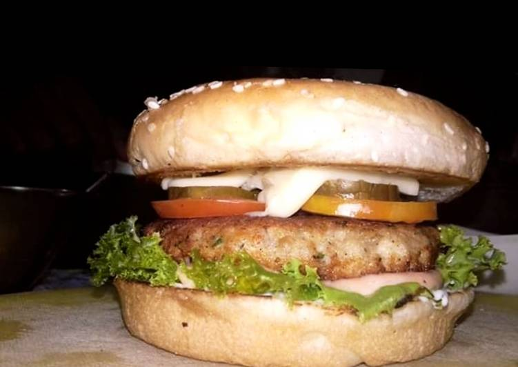 The Foods You Pick To Eat Will Effect Your Health Chicken burgers