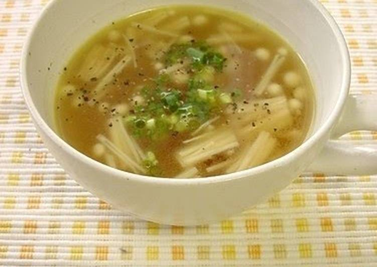 Consuming 14 Superfoods Is A Superb Way To Go Green For Better Health Simple Enoki Mushroom Soup